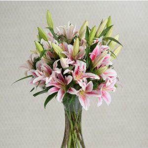 Ramo lilium rosas