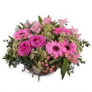Cesta de gerberas y rosas