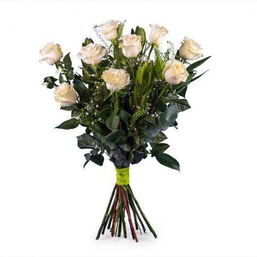 9 rosas blancas tallo largo