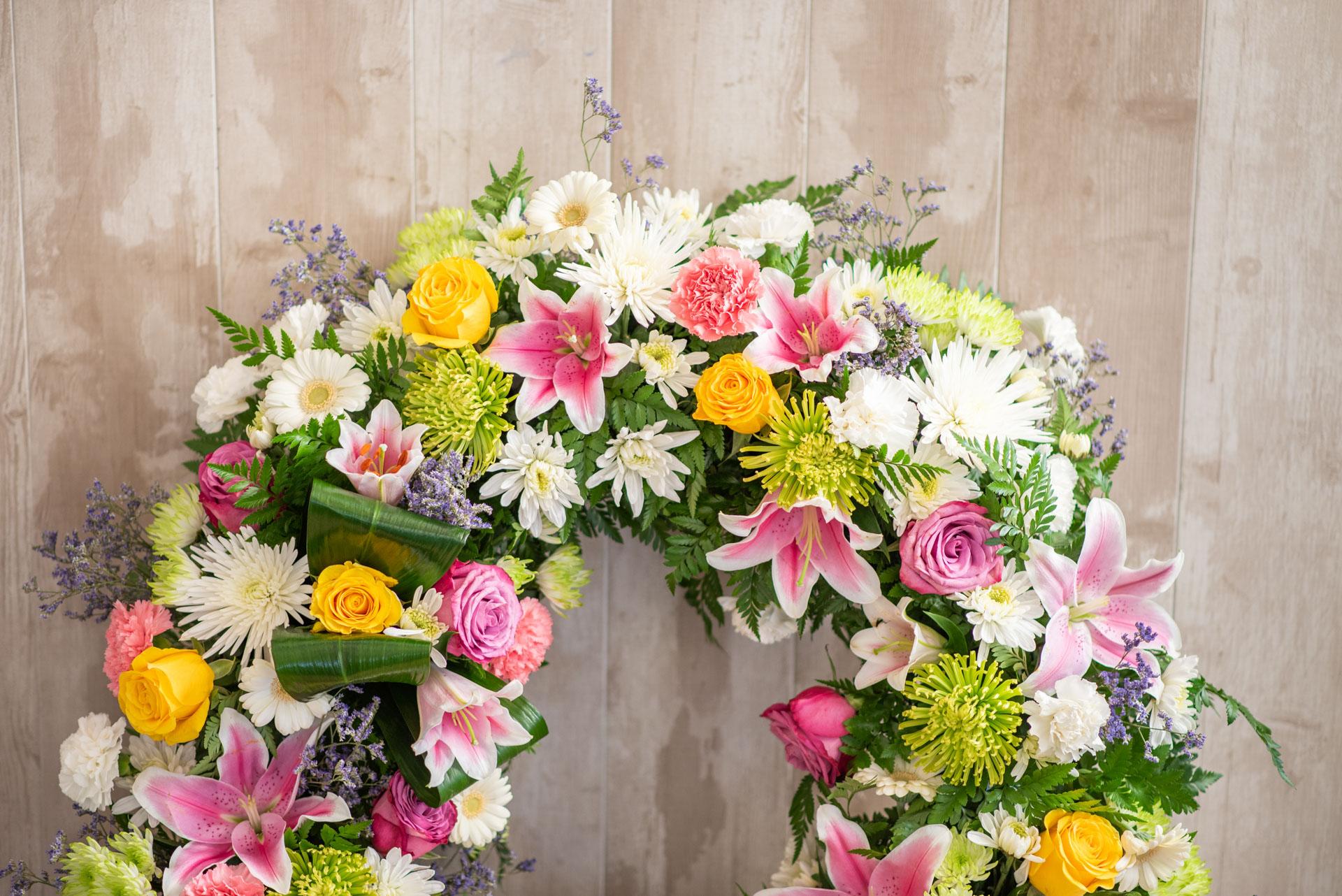 ¿Por qué regalamos flores a los difuntos?