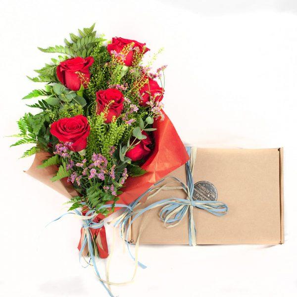 Detalle Desayuno con rosas a domicilio en Toledo