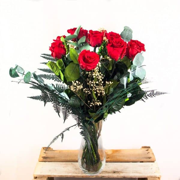 Ramo de 12 rosas preservadas a domicilio en Toledo